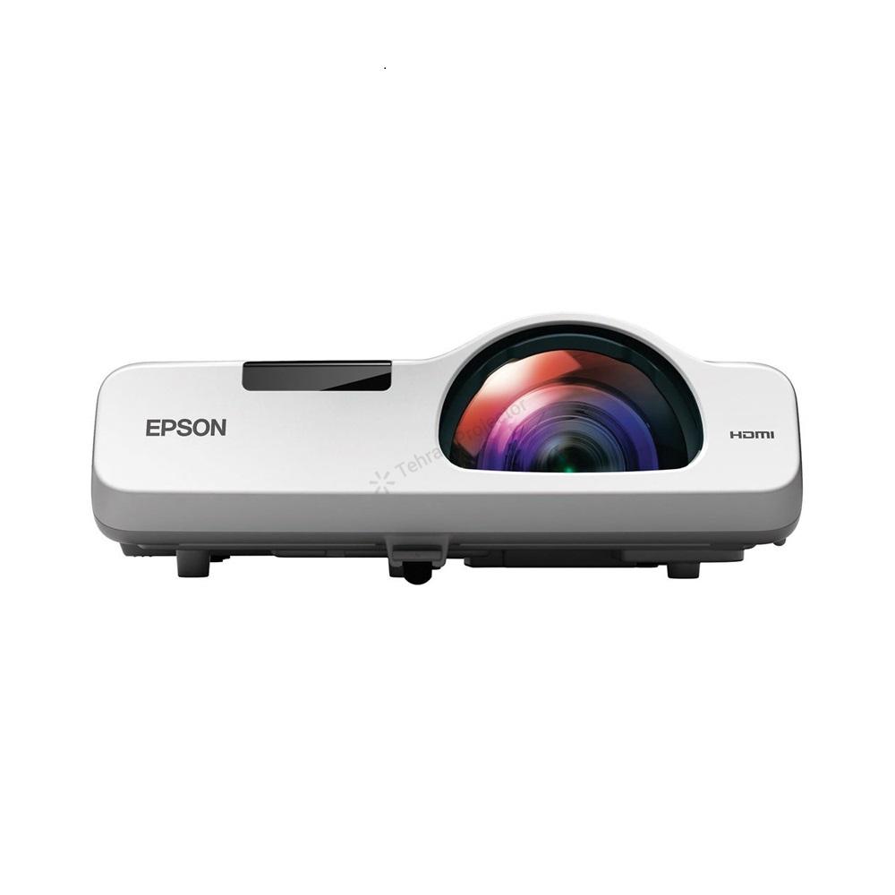 نگاهی به ویدئو پروژکتور Epson EB-520