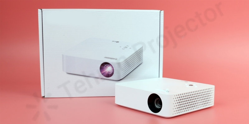 ویژگیها و سختافزار ویدئو پروژکتور LG PH30N