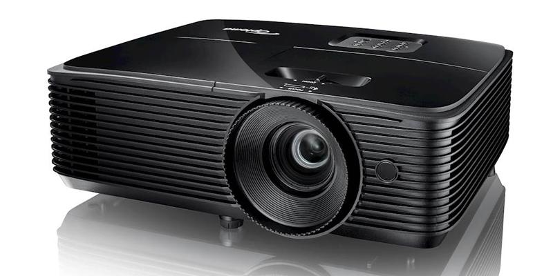 کاربرد آسان و خاموش و روشن کردن فوری در ویدئو پروژکتور Optoma X371