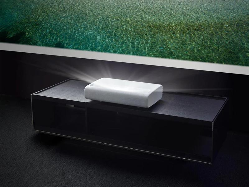 تنظیمات هوشمند پروژکتور لیزری باعث عملکرد بهتر آن میشود