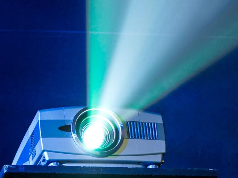 معایب پروژکتور مبتنی بر لامپ