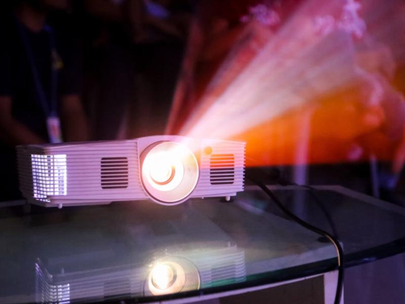 معایب خرید ویدئو پروژکتور 3LCD